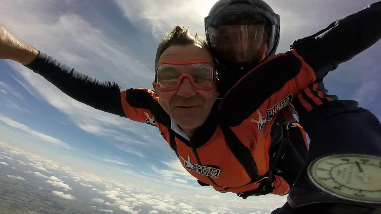 Salto de Paraquedas do José na Queda Livre Paraquedismo 29 01 2017