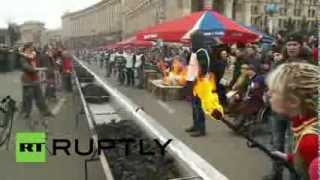 Ukraine: 150-metre-long Meat Lovers' Bbq Record Set In Kiev