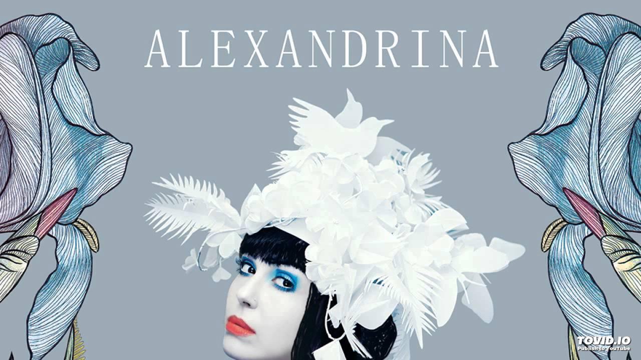 alexandrina hristov tu esti cea mai frumoasa