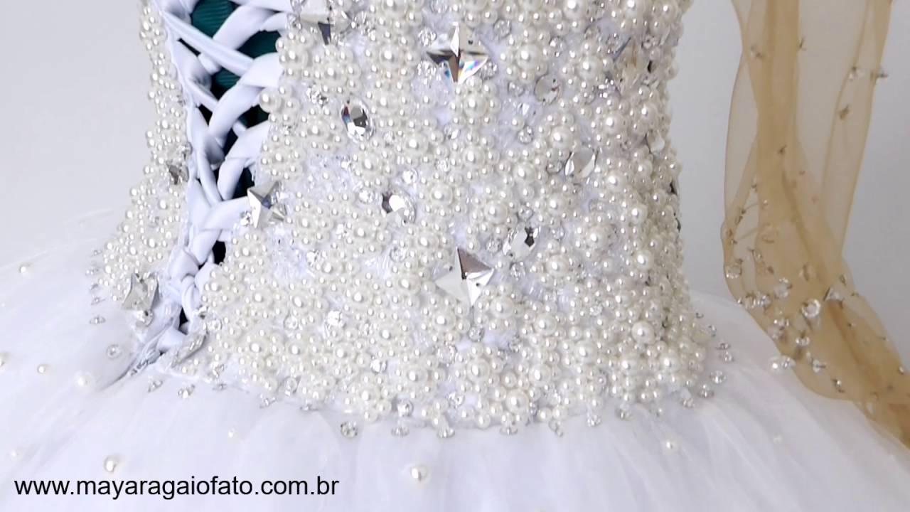 26664ff21 Vestido noiva bordado com cristais e perolas - YouTube