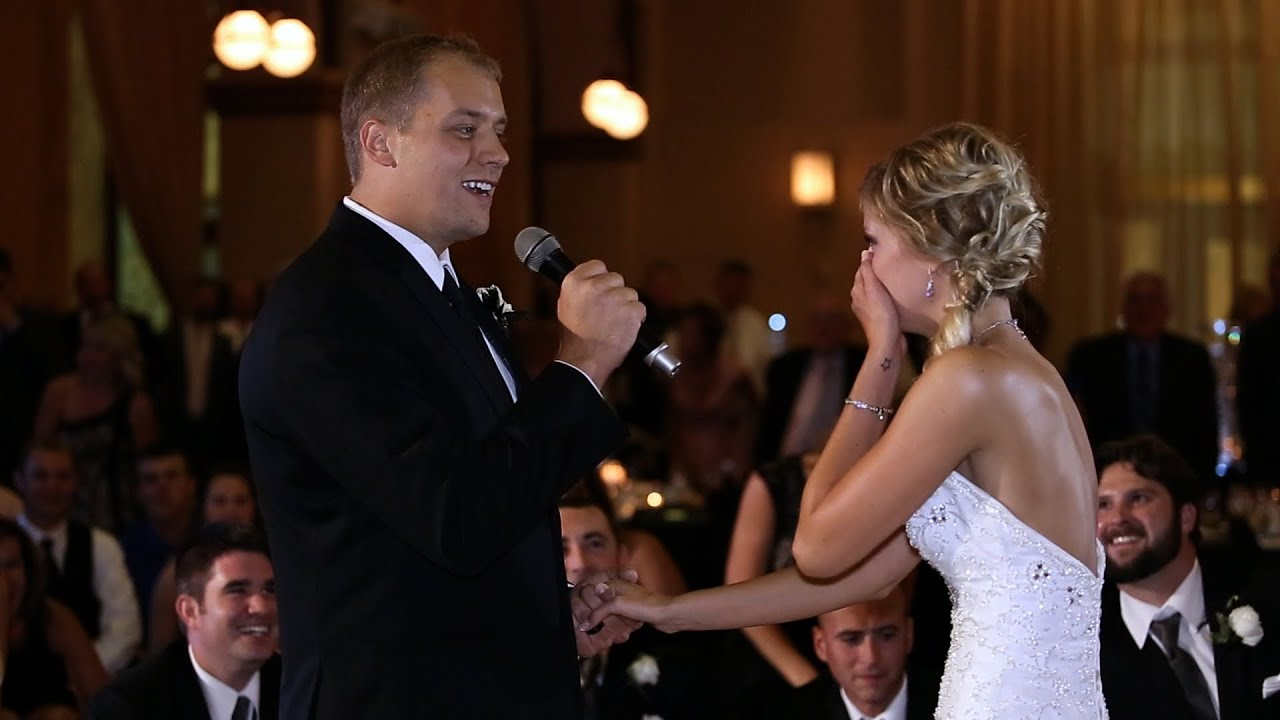 Bride Song To Groom: GROOM SURPRISES HIS BRIDE BY SINGING & STARTING FLASH MOB