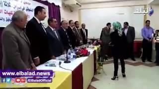 محافظ الفيوم يكرم المتفوقين دراسيا من أبناء نقابة الصيادلة .. فيديو