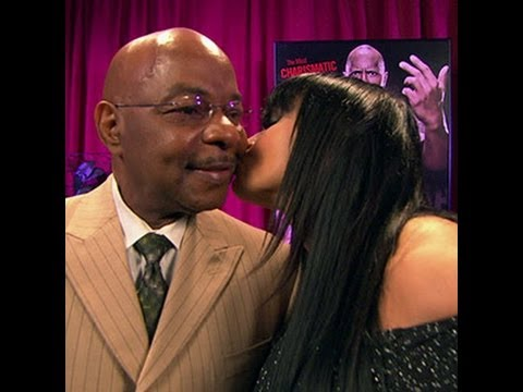 "Friday Night SmackDown - Teddy Long promises to play ""WWE '12"" with Aksana"