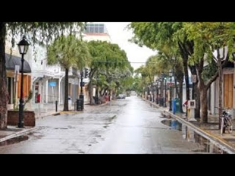 Hurricane Irma's wind, rain lash the Florida Keys - YouTube