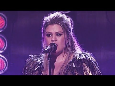 Kelly Clarkson    2017 American Music Awards Vocal Showcase [B4-C6] (INCREDIBLE VOCALS!)