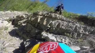 Школа Эндуро Cannibal Racing в горах Сочи урок #1 - спуски