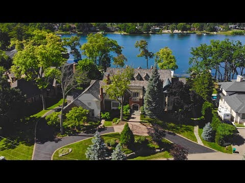 Luxury Lakefront - 3151 W Shore Dr Orchard Lake, Michigan