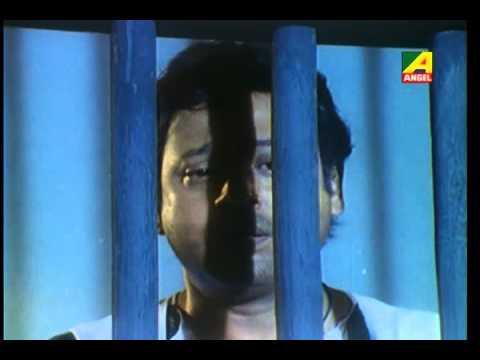 Moner manush kachhe peyeo - Adhikar - Gautam Ghosh [2004]
