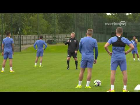 Koeman's First Training Session