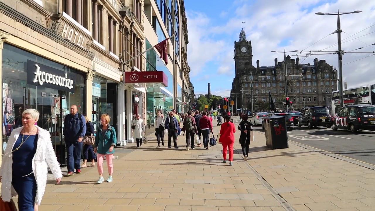 2ce4ed8bec Scotland Edinburgh City Center / Ecosse Edimbourg Centre ville