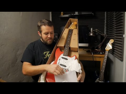 UNBOXING a used Guitar bought from ebay