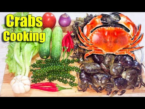 Thumbnail: Spicy Fried Crabs with Green Pepper - Asian Food Cooking, Cambodian food Cooking