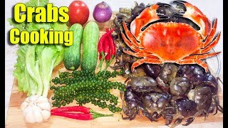 Spicy Fried Crabs with Green Pepper - Asian Food Cooking, Cambodian food Cooking