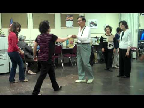 Học nhảy Bebop (My Trần & Lê Đức Tế)
