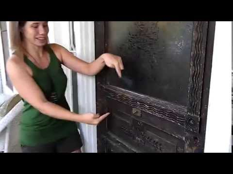 Old Fashioned Doorbell In Austin Bu0026B   YouTube