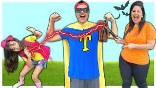 ANNY em UMA HISTÓRIA ENGRAÇADA de um IRMÃO SUPER-HERÓI desastrado  - O Super Toalha !!