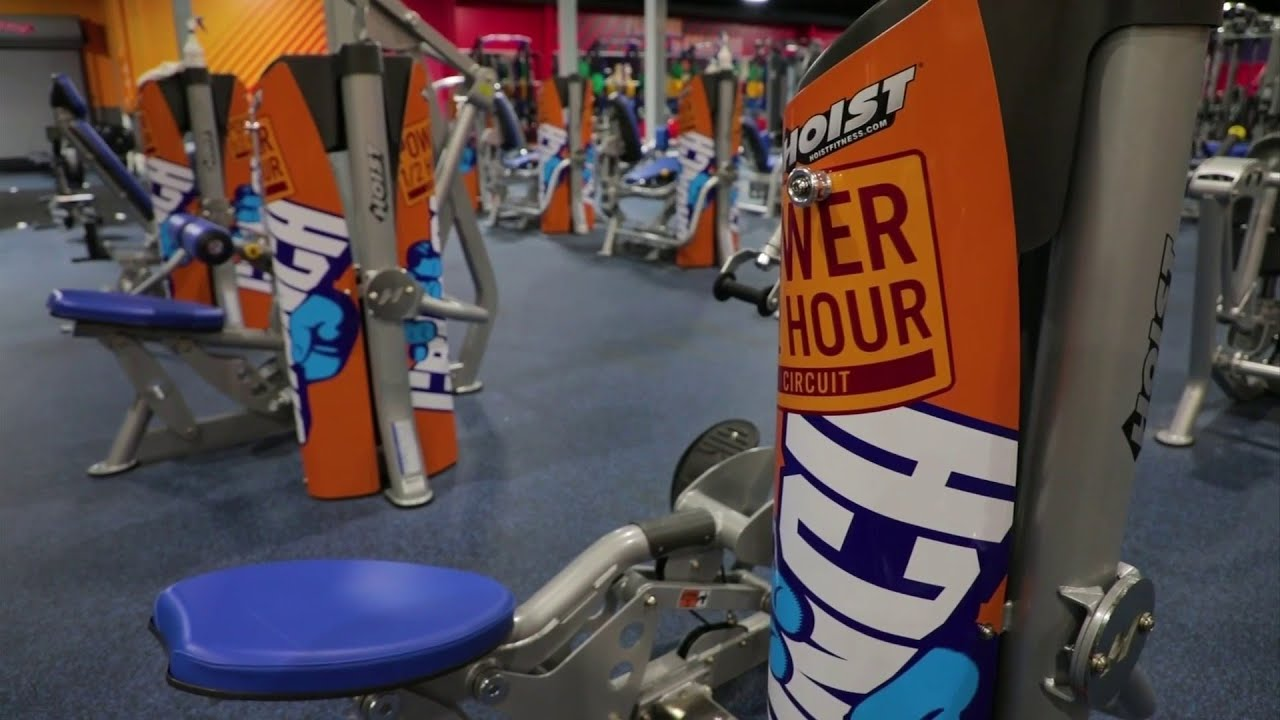 The Power Half Hour Circuit At Crunch Fitness Youtube