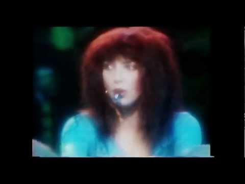 Kate Bush- 'Moving'....live 1979
