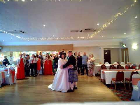 SARAH & SCOTT THOMSON WEDDING