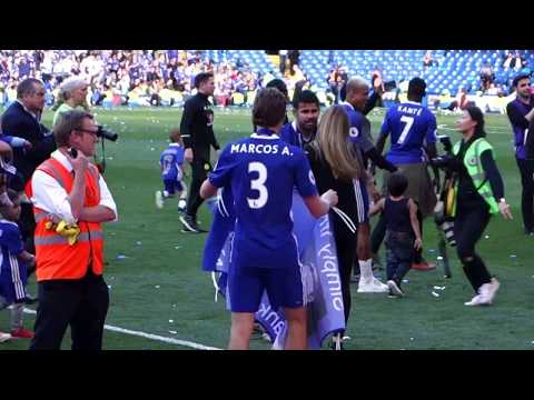 Lap of honour, Fabregas's Magic Hat, Antonio Conte & Family, and EPL trophy