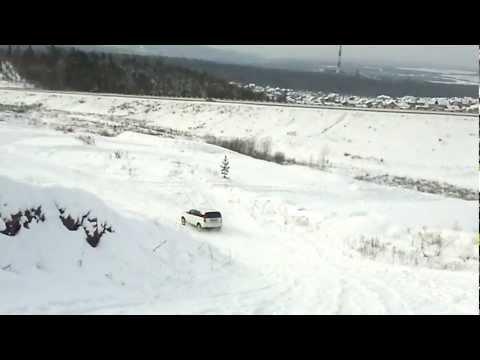 Honda HR-V лезет в гору!