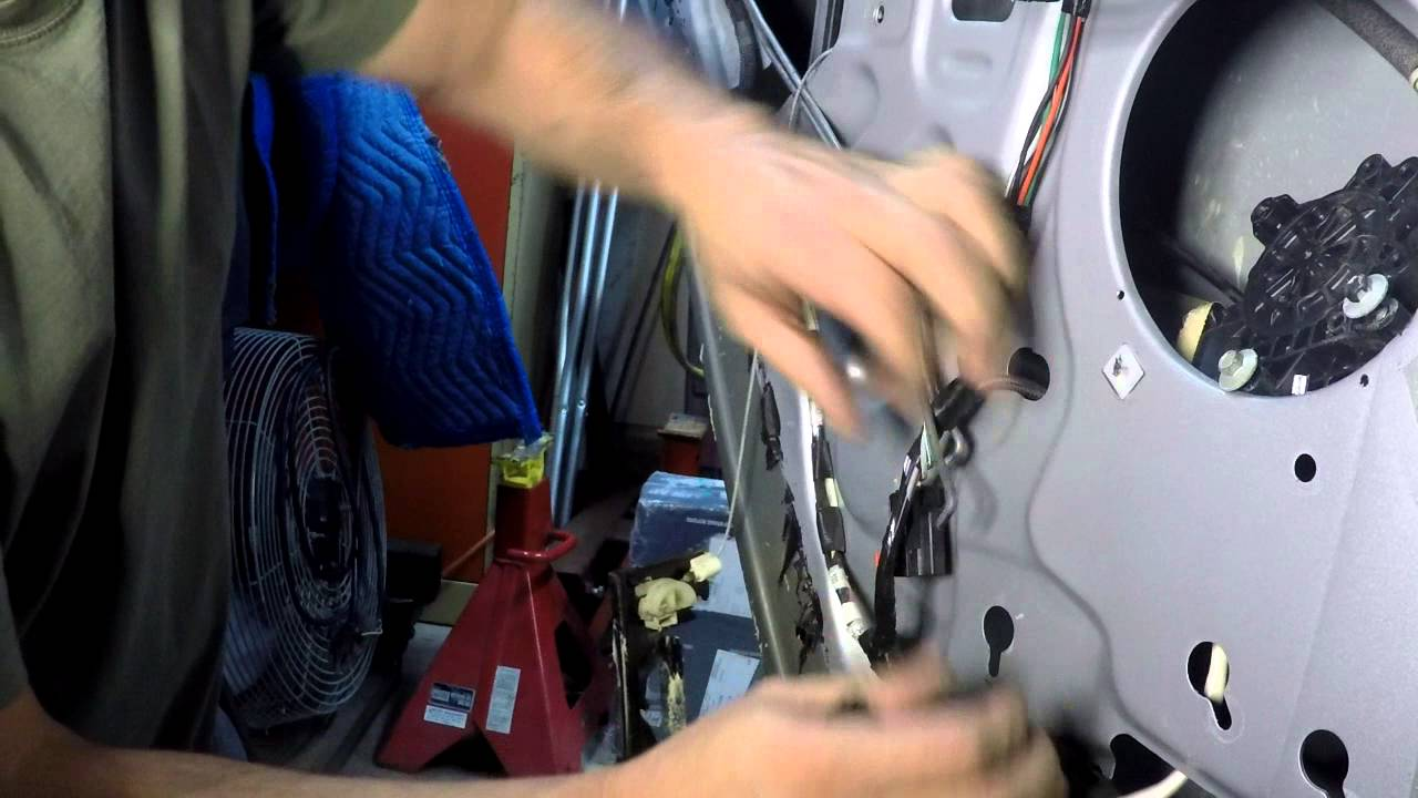 2004 jeep window regulator replace [ 1280 x 720 Pixel ]