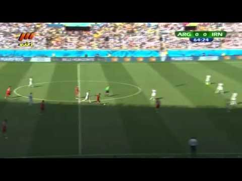 Mehrdad Pooladi vs. Lionel Messi & Gonzalo Higuaín ( Argentina - Iran )