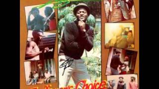 The Girl is in Love - Sugar Minott