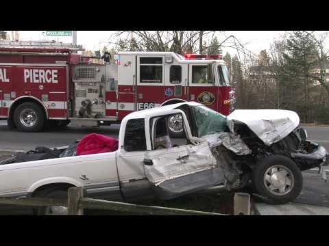 Head On Accident Three Injured Woodland Ave & 112th St E