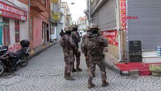 Aksaray'da gece kulübündeki silahlı kişiler polisi alarma geçirdi