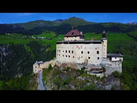 Mountain Vibes Schloss Tarasp