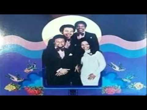 Gladys Knight & the Pips - If I Were Your Woman (with lyrics)
