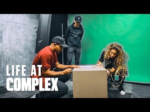 BIG UNBOXING FROM JORDAN BRAND & CHAMPSSPORTS! | #LIFEATCOMPLEX
