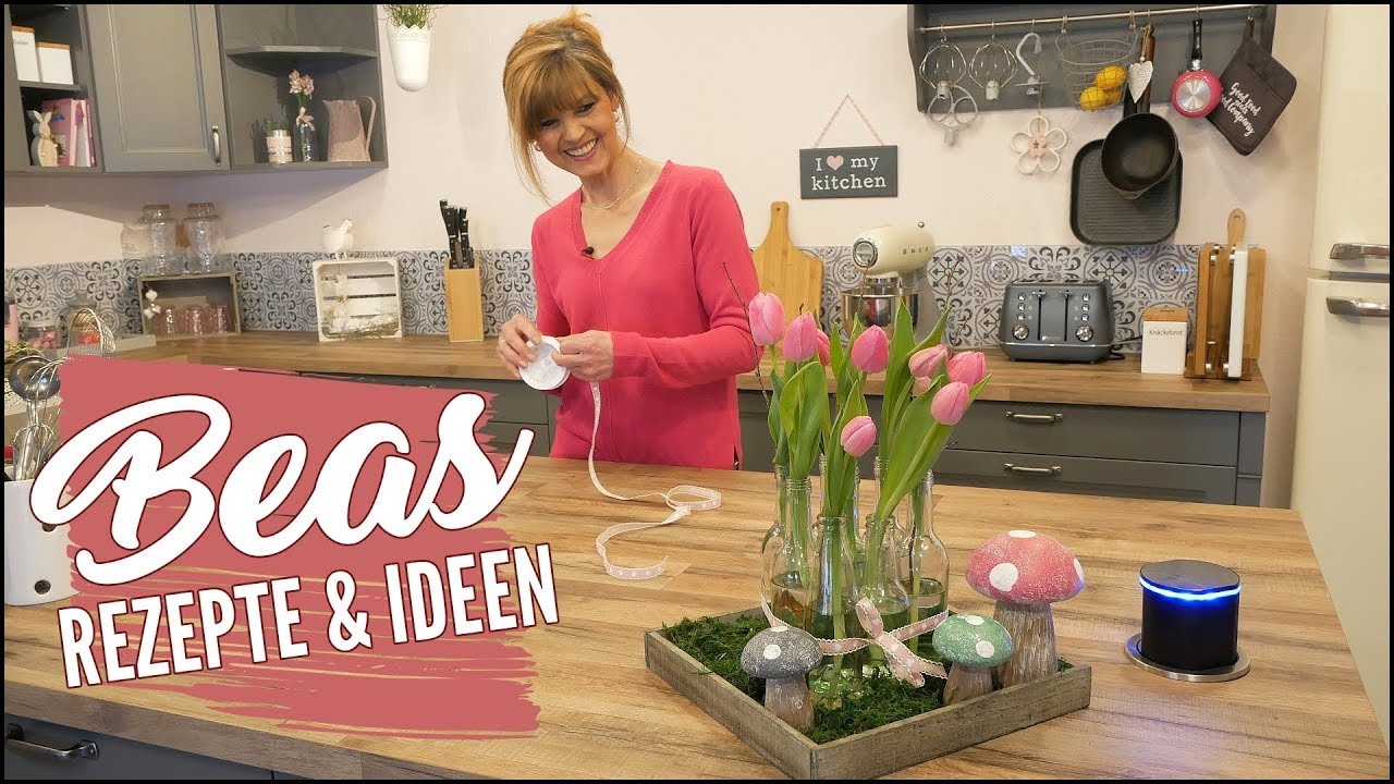 Blumenvase mal anders schnelle deko idee g nstig dekorieren mit kleinen flaschen youtube - Deko ideen mit holzkisten ...