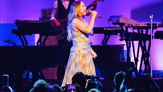 Mariah Carey - INSANE Vocals From 'Walmart Shareholders' Concert! (Eb3-Eb6)