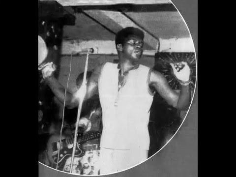 Geraldo Pino & The Heartbeats - Right In The Centre