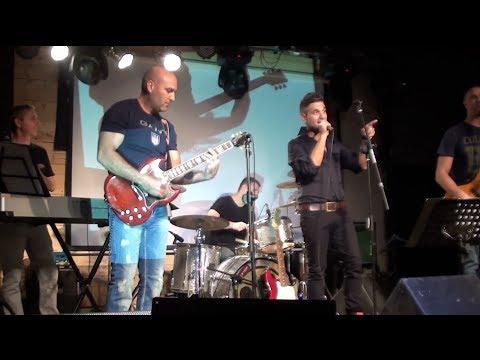 להקת התקליטים בהופעה חיה - סאבליים תל אביב