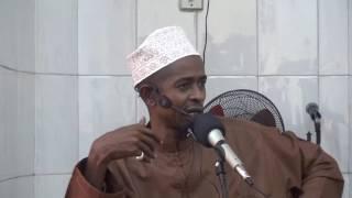 JE YAFAA KUFANYA TENDO LA NDOA HUKU UMEWASHA QURAN (2)