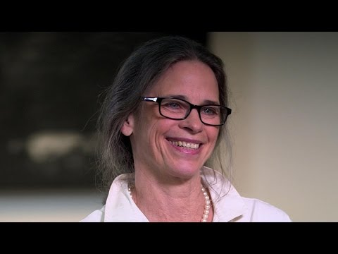 Photographer Sally Mann shares life behind iconic images - YouTube