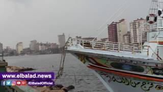 استمرار غلق بوغاز عزبة البرج لسوء الطقس بدمياط..فيديو