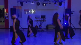 Танцевальный подарок от друзей молодоженам  с  Покровское