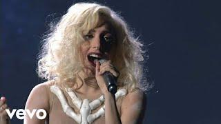Lady Gaga - Bad Romance (Live on the American Music Awards 2009)