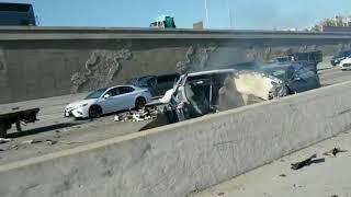 видео Водитель Tesla Model X разбился насмерть в Маунтин-Вью