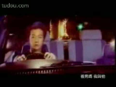 [A Day With Benny] Benny Chan 陳浩民 - 三角共震 Music Video