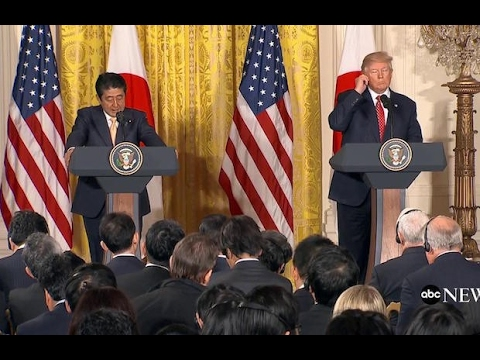 Trump Pretended to Speak Japanese During Prime Minister's Visit