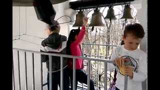 На Пасху детям можно звонить в Церковные колокола.(, 2014-04-21T05:57:37.000Z)