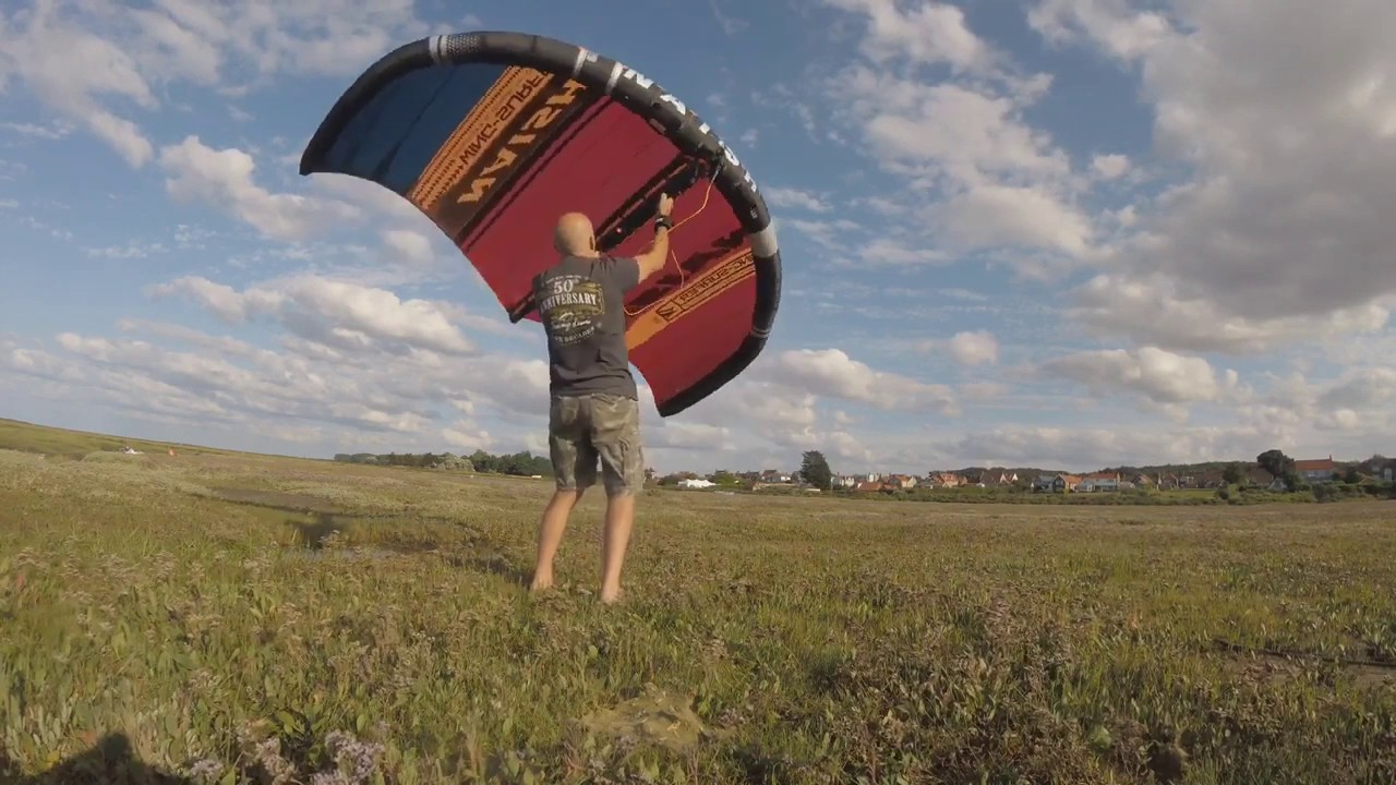 Un'Bagging' and first look at the Naish Wing-Surfer