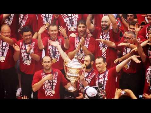 Δεν ταιριάζεται σου λέω... Olympiakos edition...