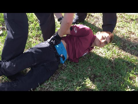 Police capture Florida school shooting suspect