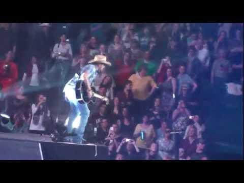 Jason Aldean  My Kinda Party  in Concert HD